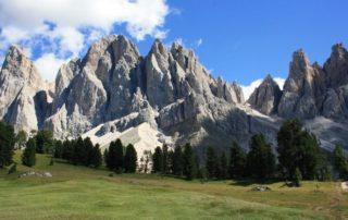 Sesta edizione della Biennale Gherdeina ad Ortisei Val Gardena - writing the mountains