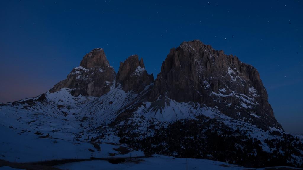 attività notte Dolomiti Inverno val gardena sassolungo