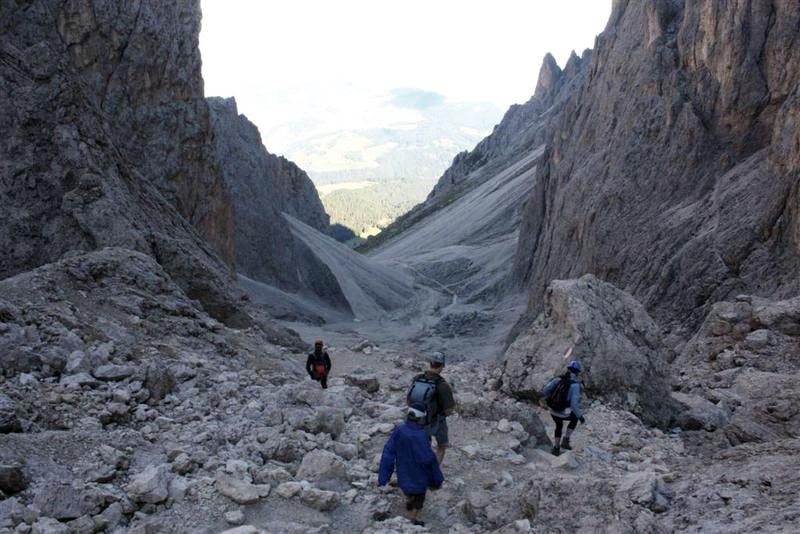 guida escursioni val gardena estate sassolungo trekking
