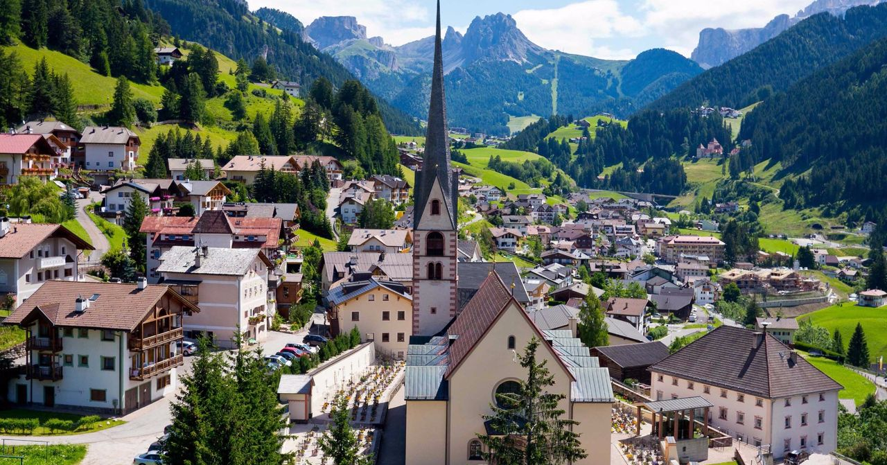 Tourist guide to visit Val Gardena